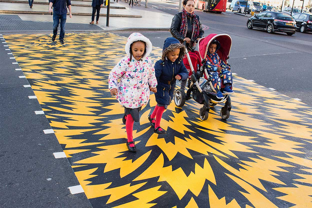 Flash crossings by Eley Kishimoto & Phil Dolman